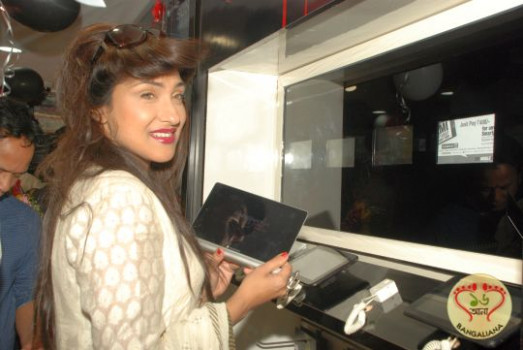 New Mobile Store Lounge in Kolkata Inaugurated by ...