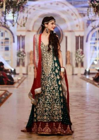 Pakistan Fashion Designers Models |2017 fashion Shows Pakistan