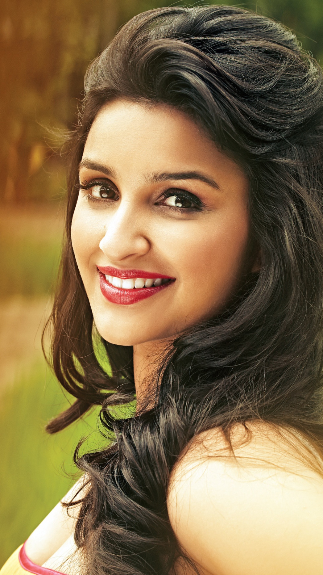 Parineeti Chopra 2016 Bollywood Wallpapers in jpg format ...