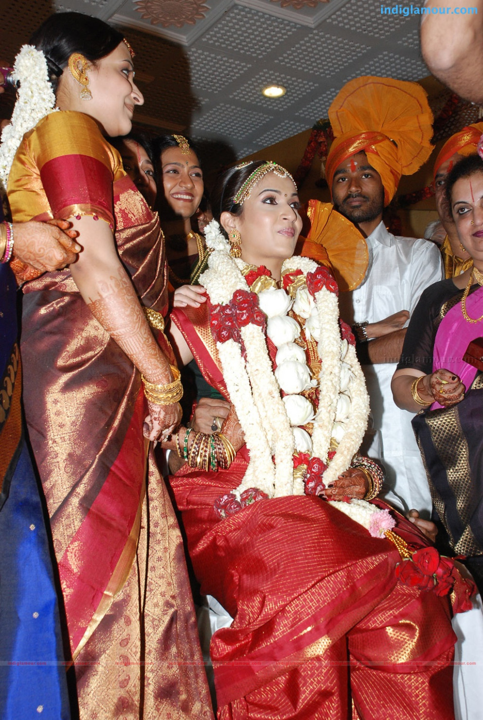 Pics For > Telugu Heroine Soundarya Marriage Photos