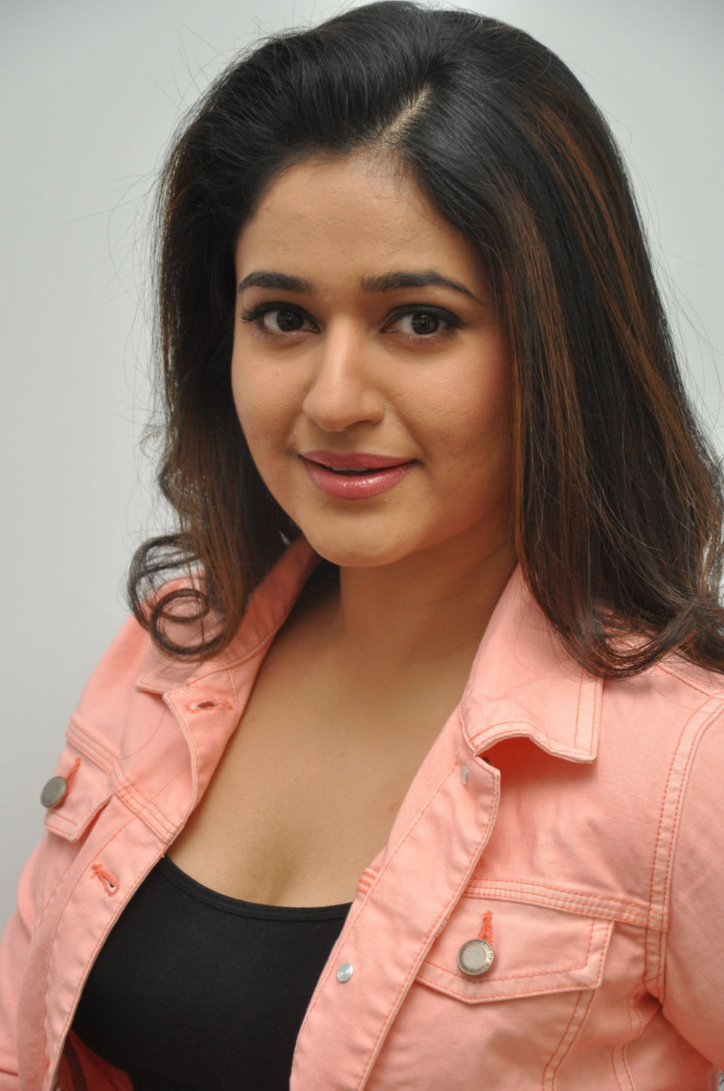 Poonam Bajwa Hot Mass Face Closeup Stills In Pink Dress ..