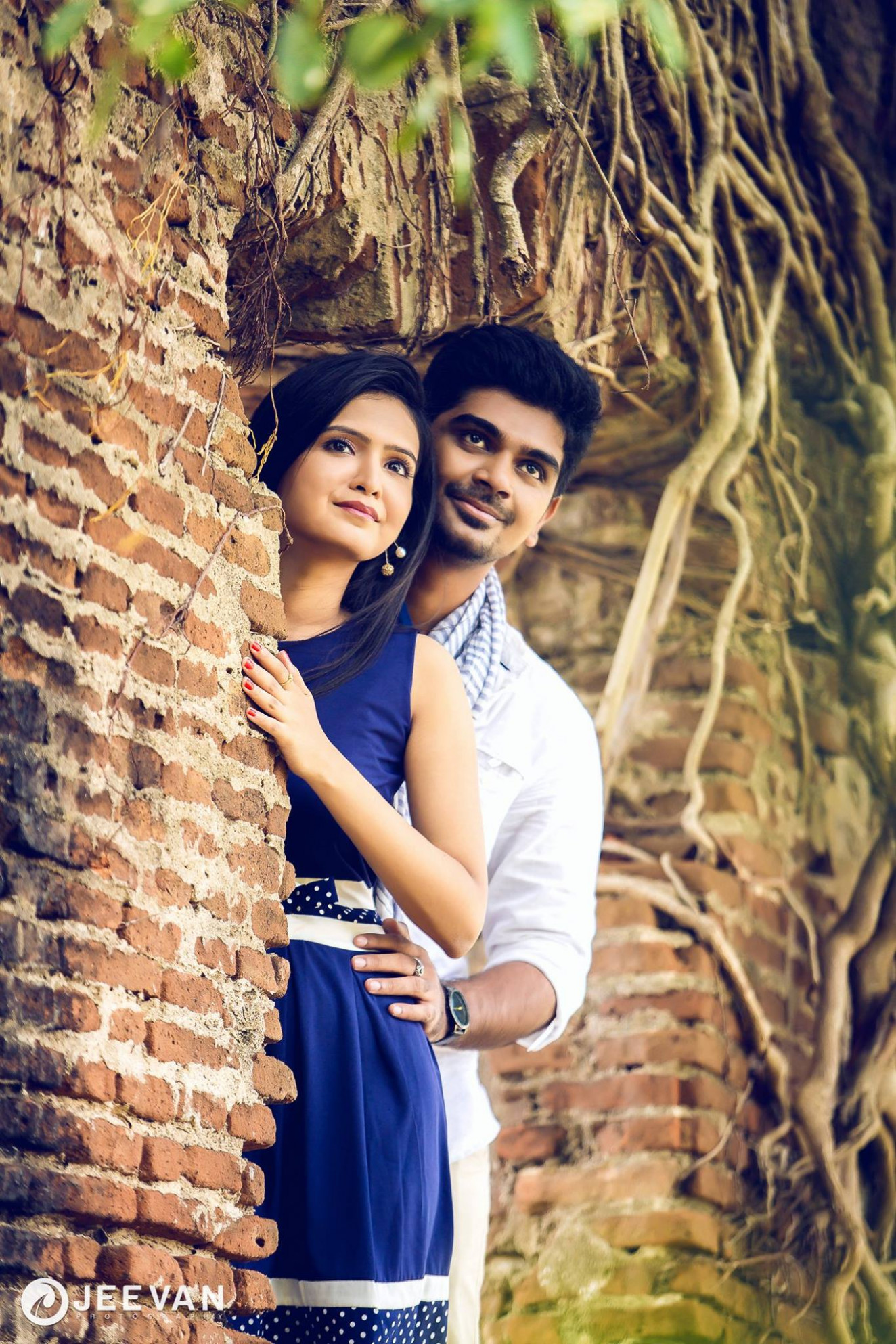 Poses For Pre Wedding Photoshoot real indian wedding pre ...
