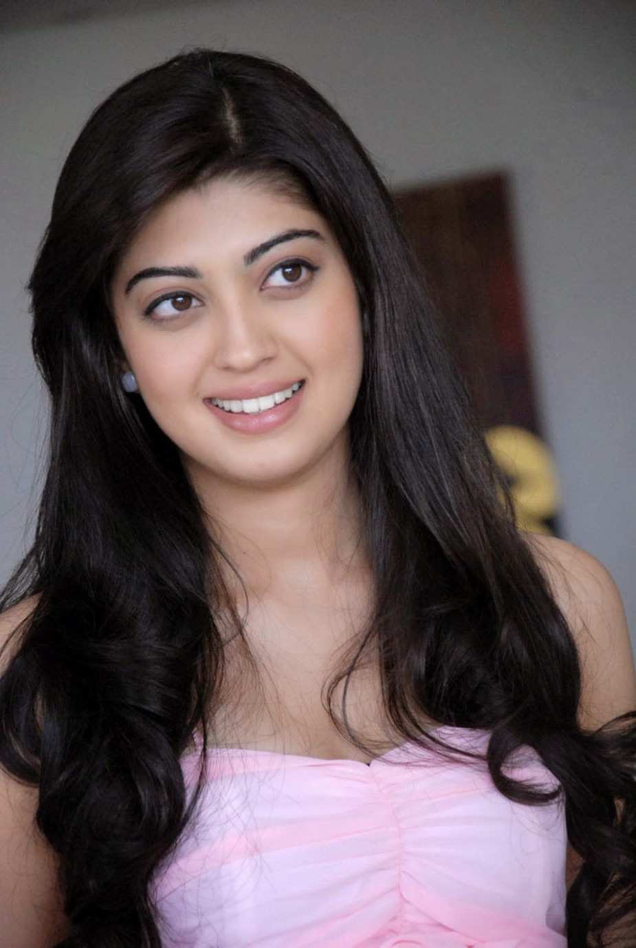 Pranitha Subhash Hot Full Photo Gallery | Pranitha Subhash ...