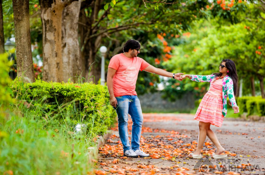 Pre Wedding Photography Shoot of Abhi And Mythri - Studio ...