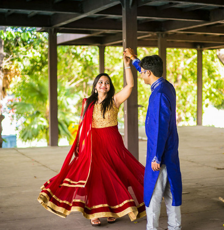 Pre-wedding-Photoshoot-outfit-ideas-for-girls – Indian ...