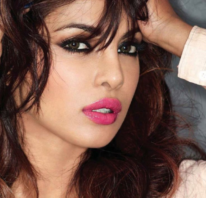 Priyanka Chopra, Priyanka Chopra makeup, hot pink lips ...