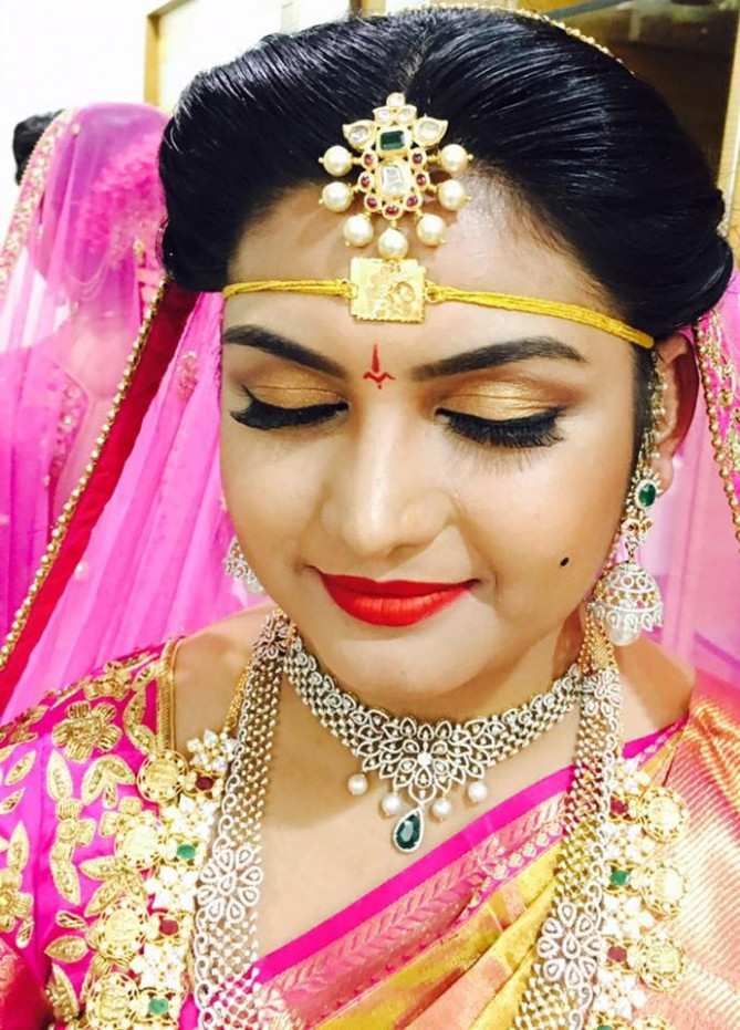 Professional Makeup Artist for All Brides! | Fashionworldhub