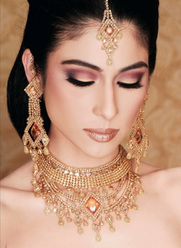 Bollywood Wedding Make Up