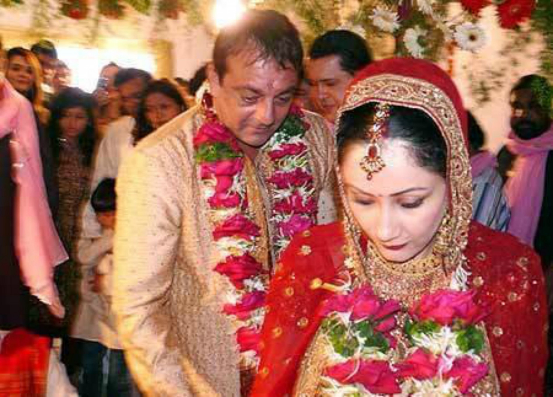 Rare Pictures of Bollywood Celebrities From Their Wedding