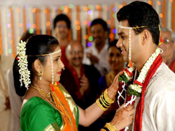 Reasons Why Indian Marriages Are Arranged - Boldsky.com