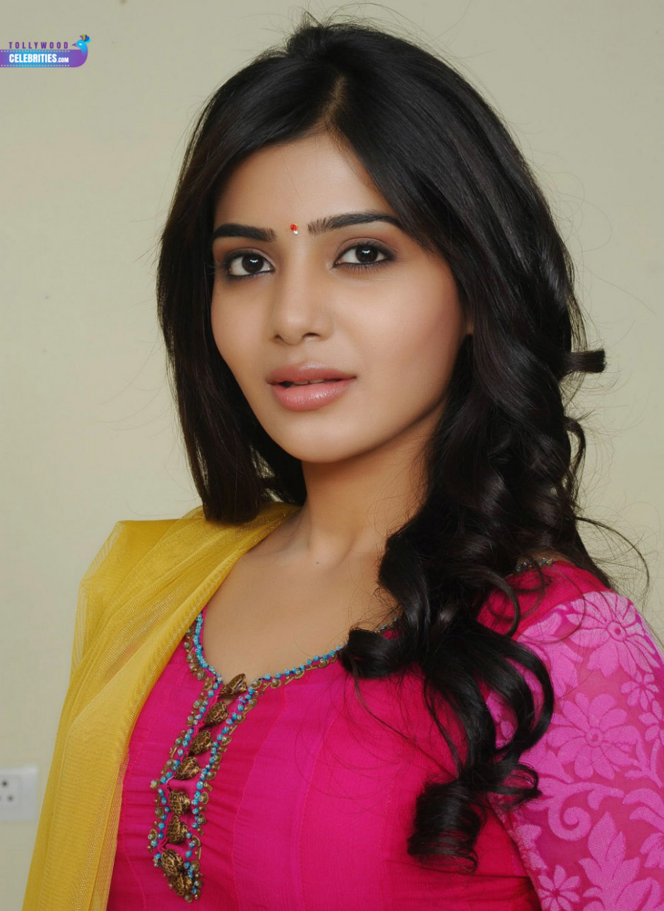 Samantha Profile Biography Family Photos and Wiki and ...