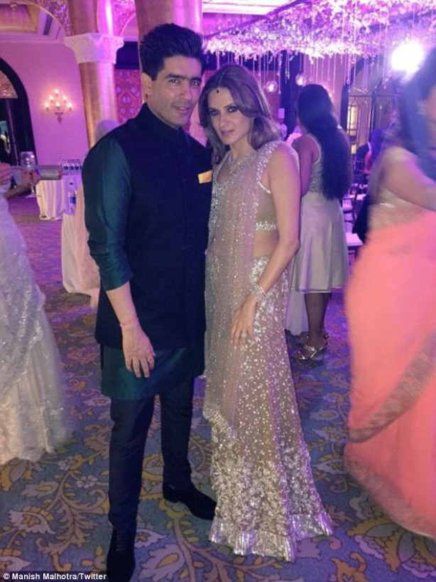 Sanjay Hinduja's wedding is a stunning Bollywood ceremony ...