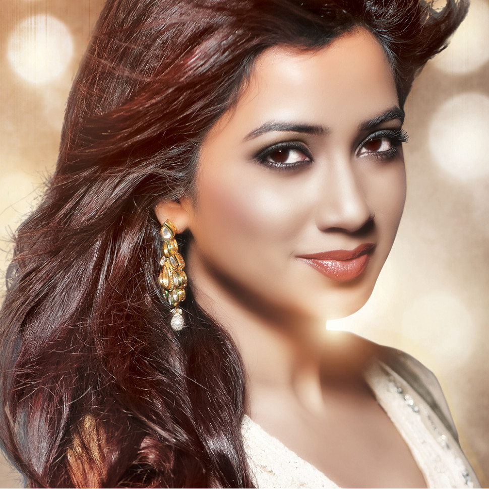 Shreya Ghoshal Beautiful Stylish Photos, Pictures - All ...