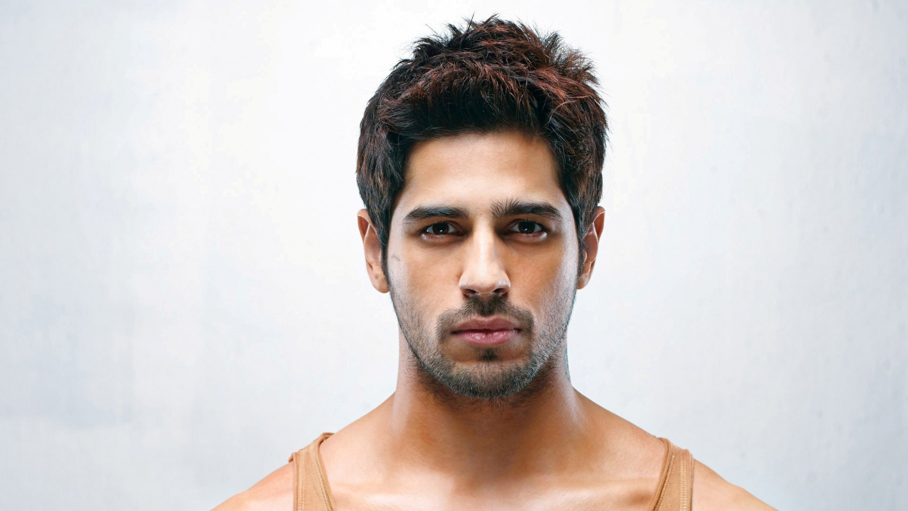 Sidharth Malhotra New Bollywood Handsome Actor HD ...
