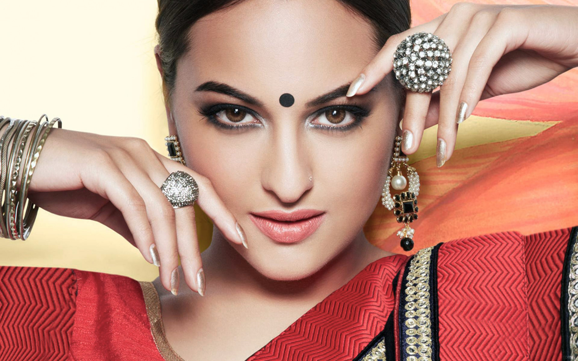 Sonakshi Sinha Bollywood Actress Wallpapers | HD ...