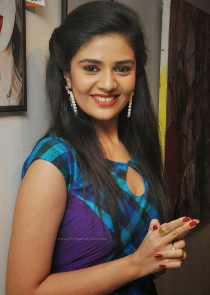 Srimukhi Shocking Remuneration In Tollywood