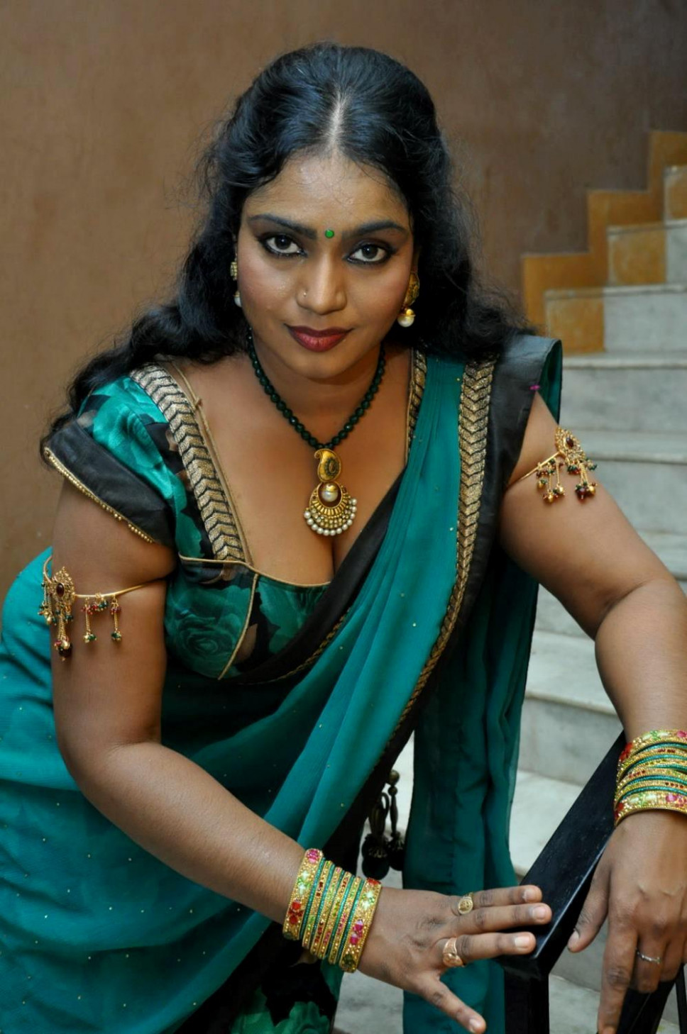 TamilCineStuff | : Supporting Actress Jayavani Hot stills ...
