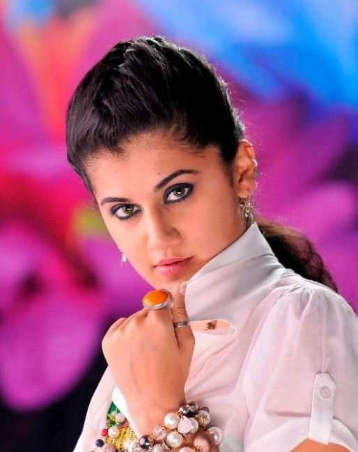 Tapsee latest pics and images - Tollywood Actress and ...