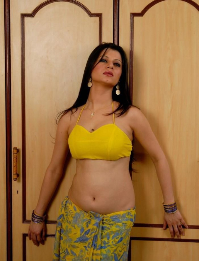 Telugu Actress Hot Navel Show Pics
