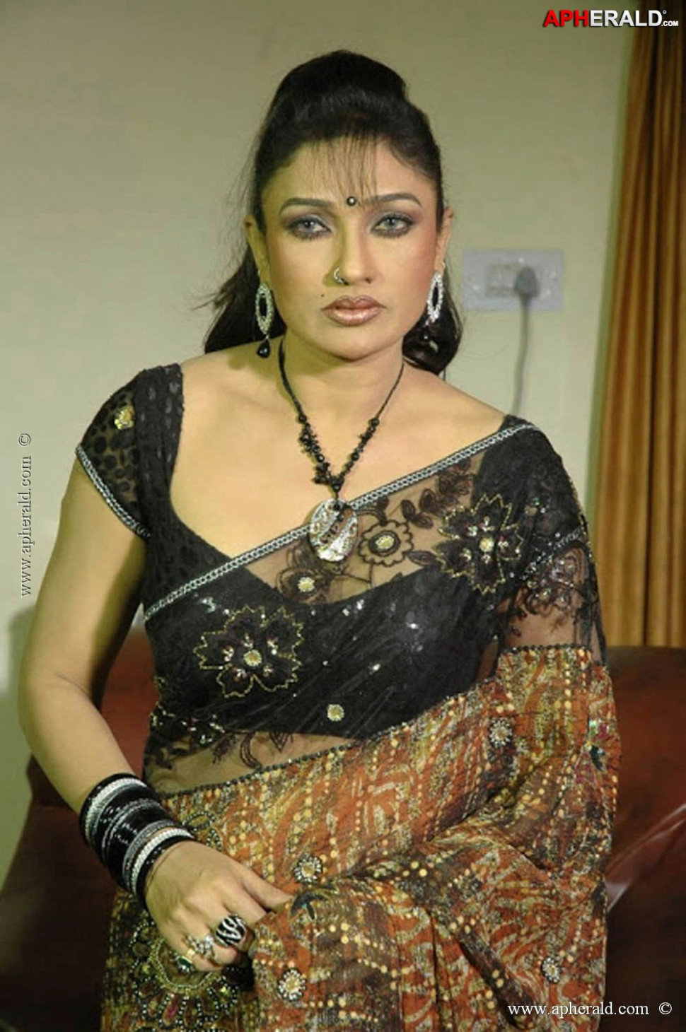 Telugu Actress Hot Photos
