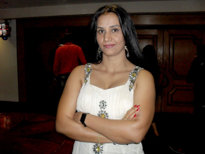 Telugu Character Artist Apoorva hot White Dress Photos ...