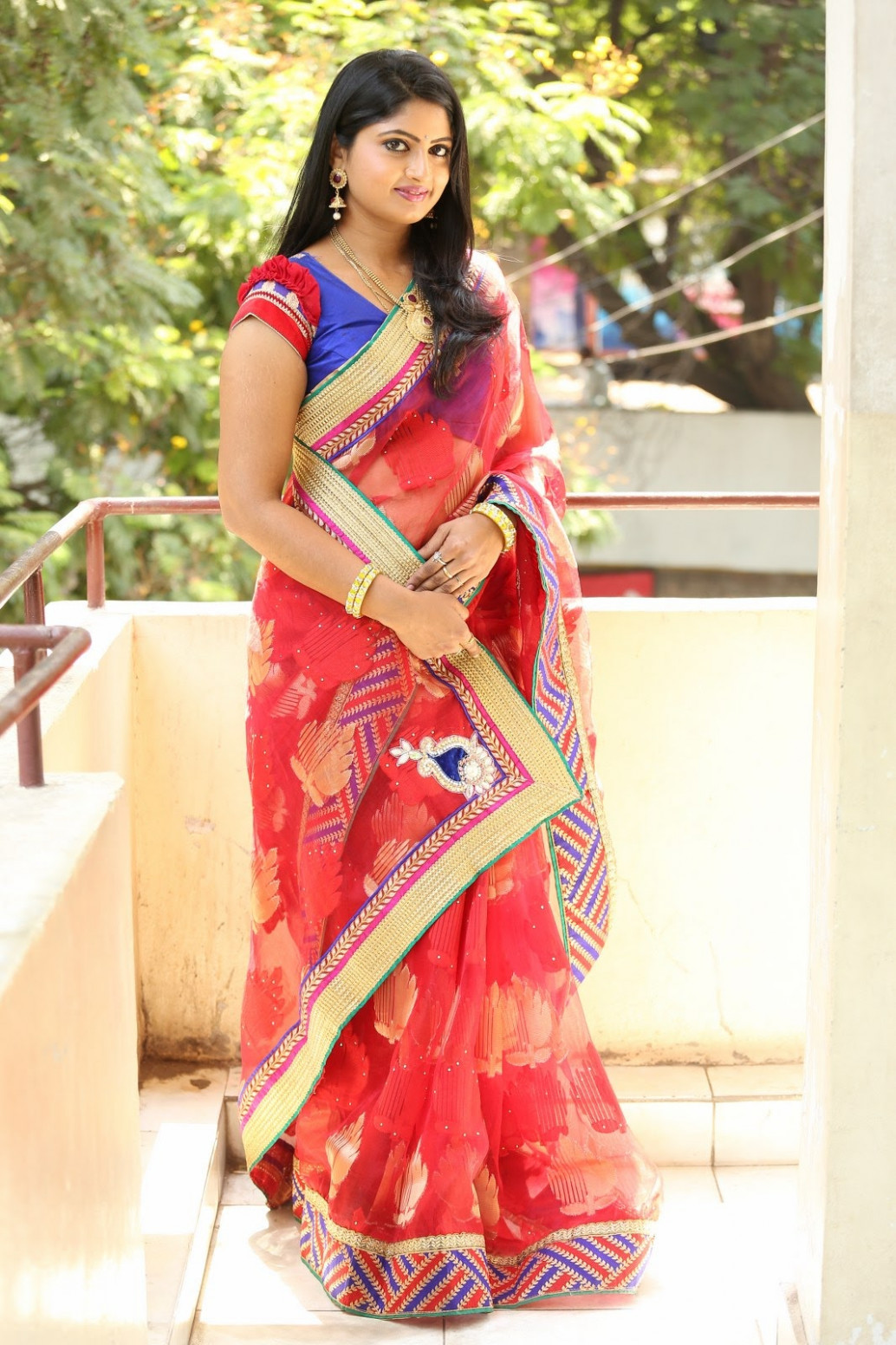 Telugu Tv Actress Mounica Hot Photos In Red Saree ...