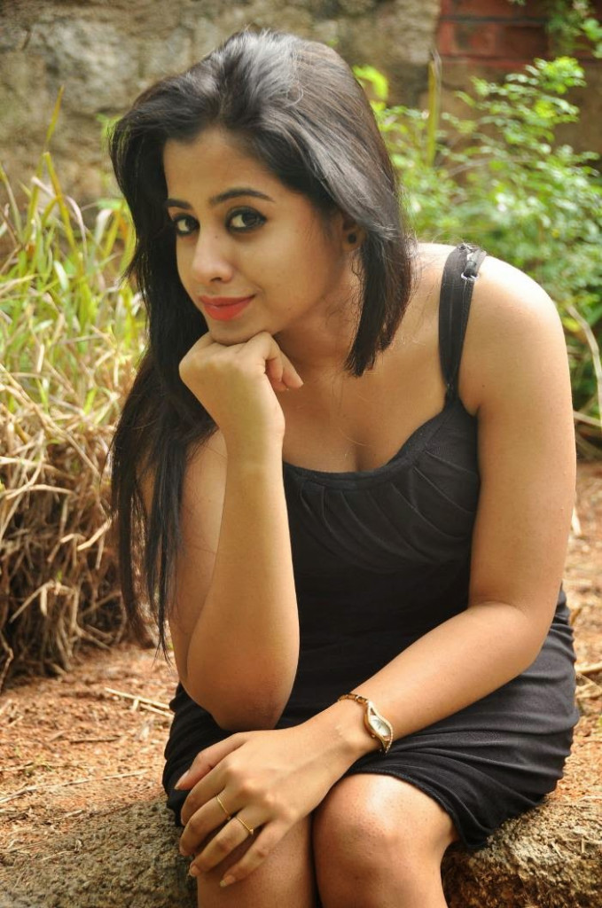 TELUGU WEB WORLD: LATEST PHOTOSHOOT OF TOLLYWOOD ACTRESS ...