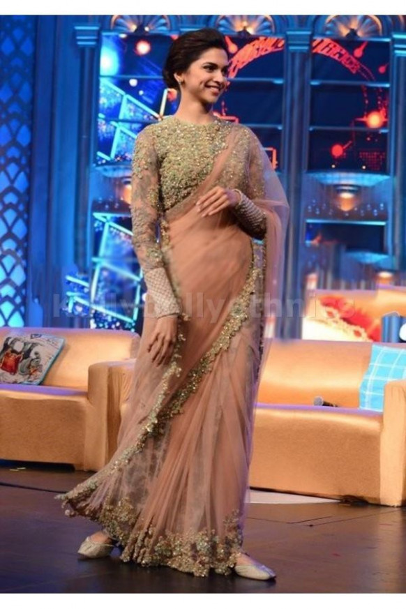 The 25  best Deepika padukone saree ideas on Pinterest ...