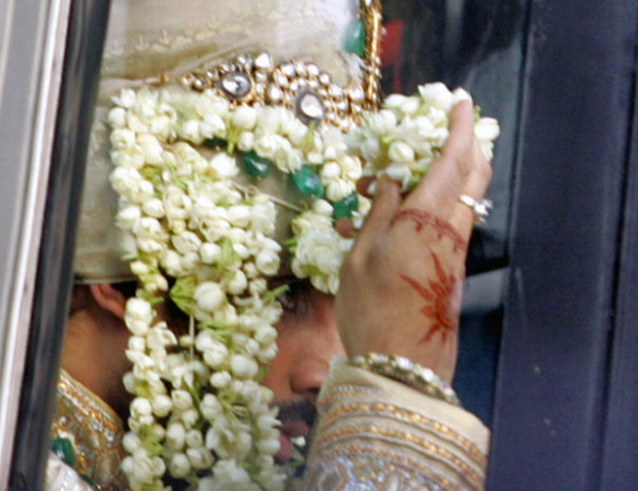 The Big Bollywood Wedding - Photo 1 - Pictures - CBS News