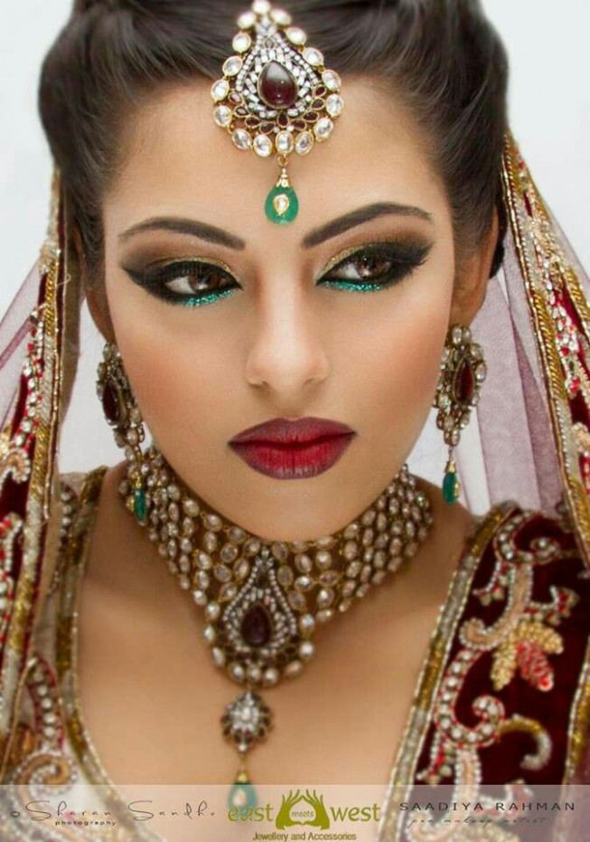 The gallery for --> Arabic Makeup Gold