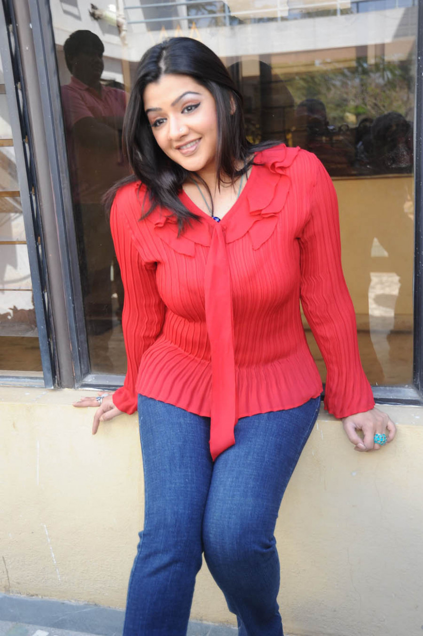 Tollywood Actress Aarthi Agarwal Died Due To Cardiac ..