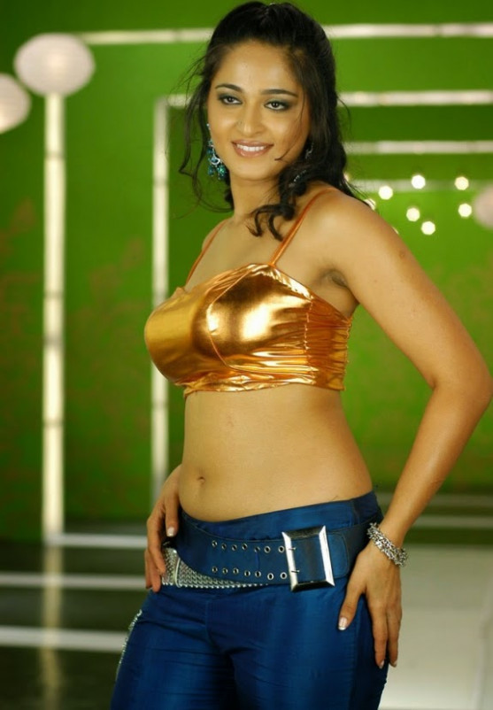 Tollywood Actress Anushka Shetty Cute Beautiful Stills
