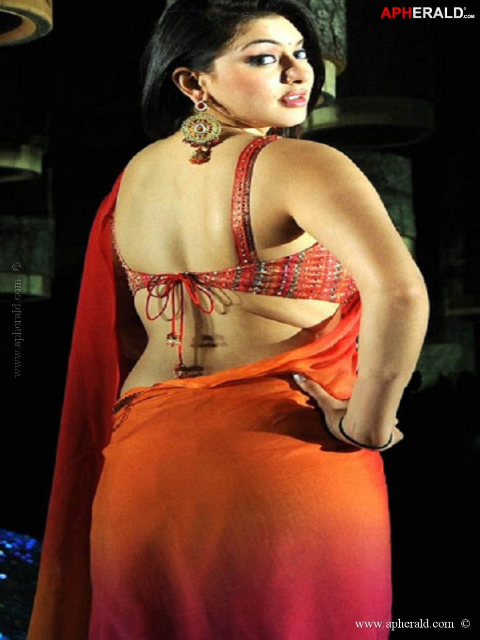 Tollywood Actress Hot Look in Saree