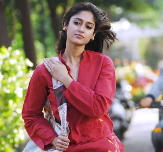 Tollywood Actress Ileana new movie stills | South Wood Gallery