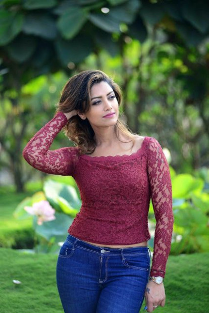 Tollywood Actress Mamta Mohandas Latest Photos In Jeans ...