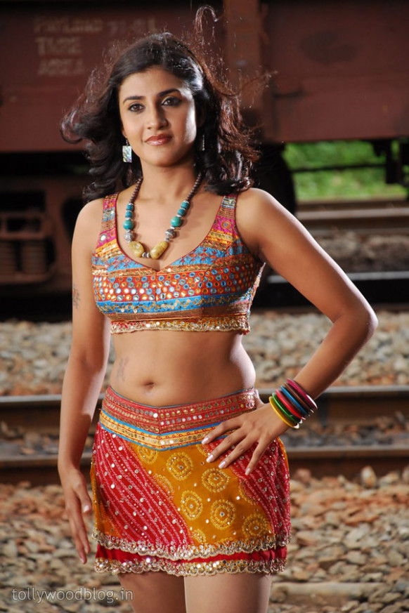 Tollywood Actress Photos: Kausha Latest Hot Photos