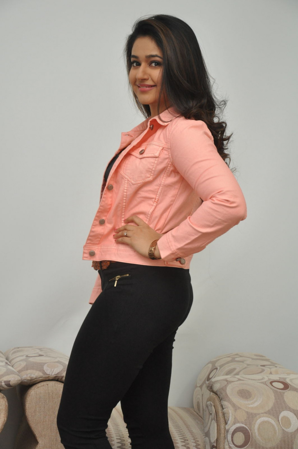 Tollywood Actress Poonam Bajwa In Pink Dress Black Jeans ...