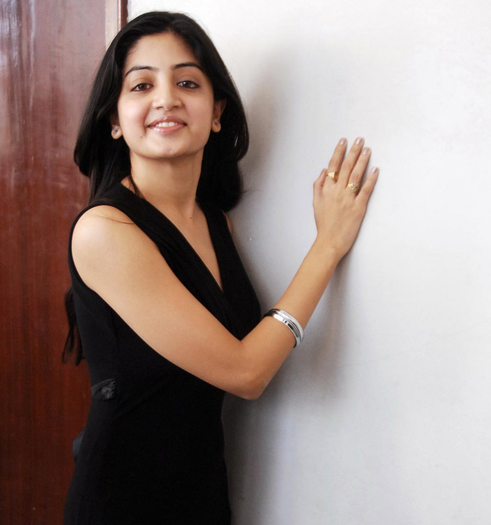 Tollywood Actress Poonam Kaur Hot Wallpapers |hot ...