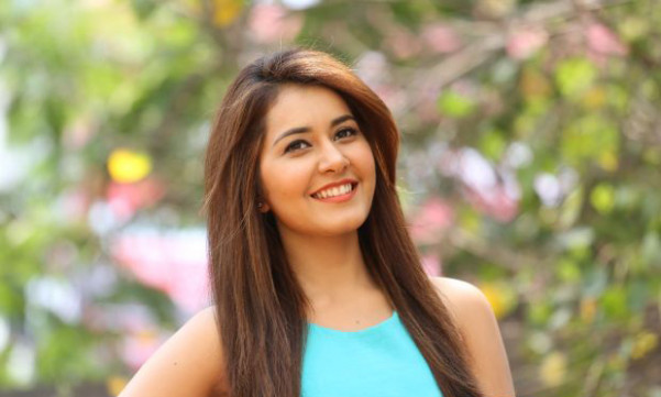 Tollywood actress Raashi Khanna rejects 30 lakhs remuneration