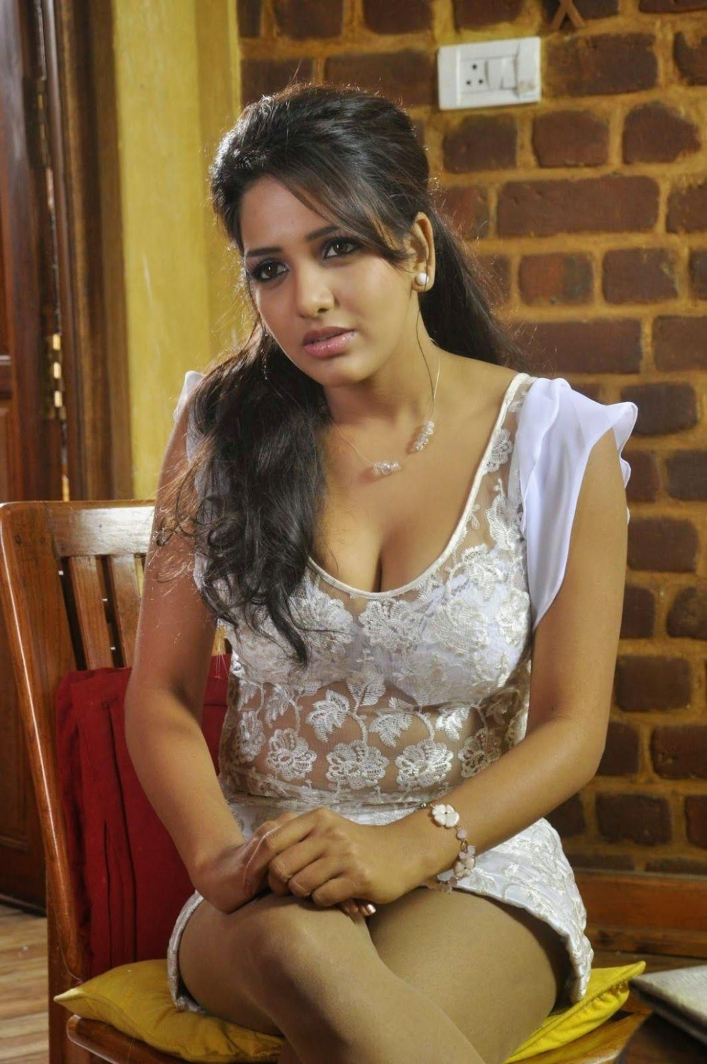 Tollywood Actress Sexy Photos | madhuram13@gmail.com by ...