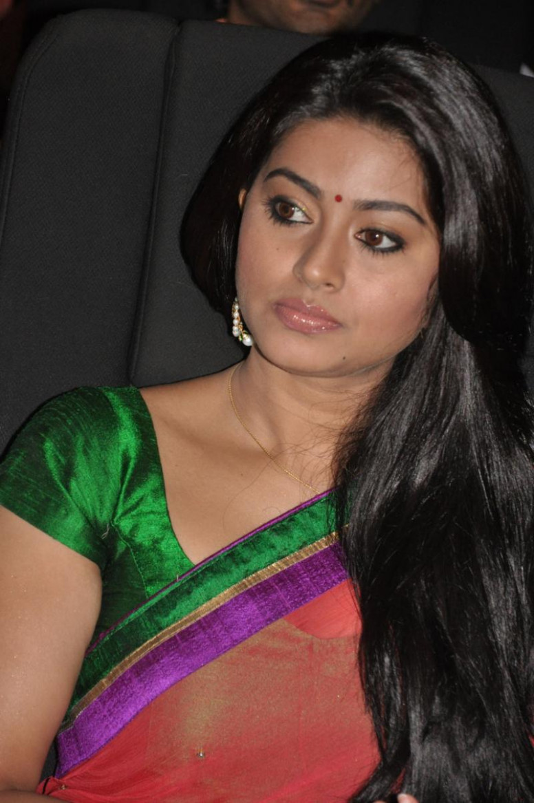 Tollywood Actress Sneha Latest Photos Stills - Tollywood Stars