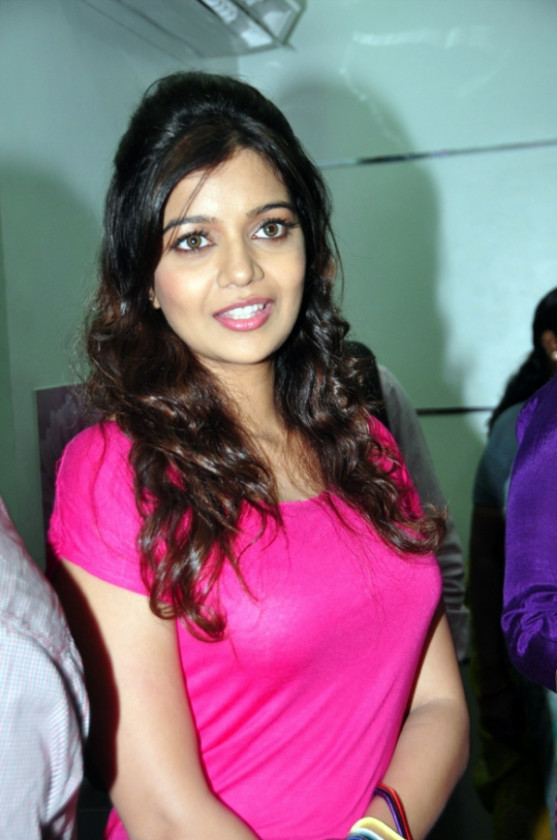 Tollywood Actress Swati Latest Cute Images Gallery ...