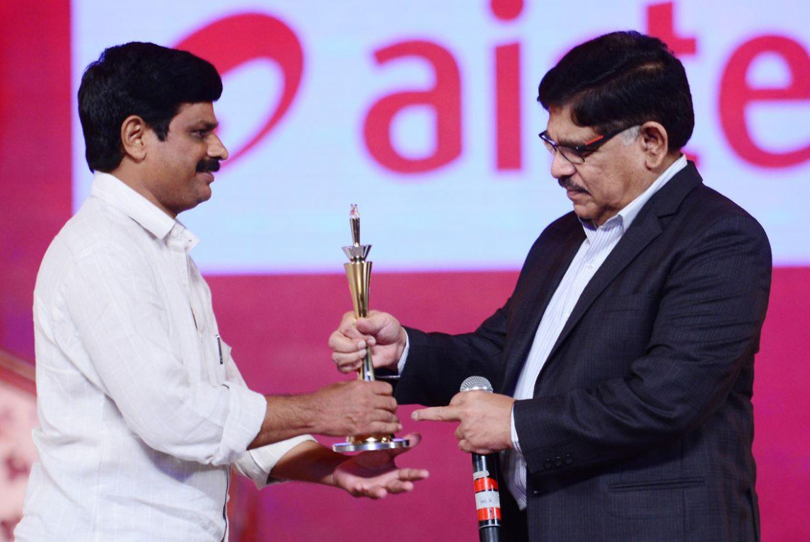 Tollywood Celebs At Cinemaa Awards