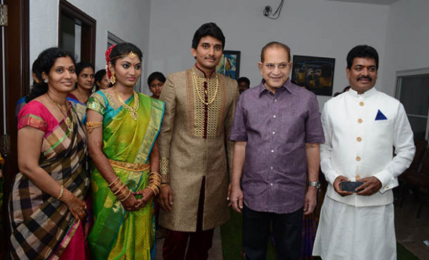 Tollywood celebs at Sivaji Raja's daughter wedding