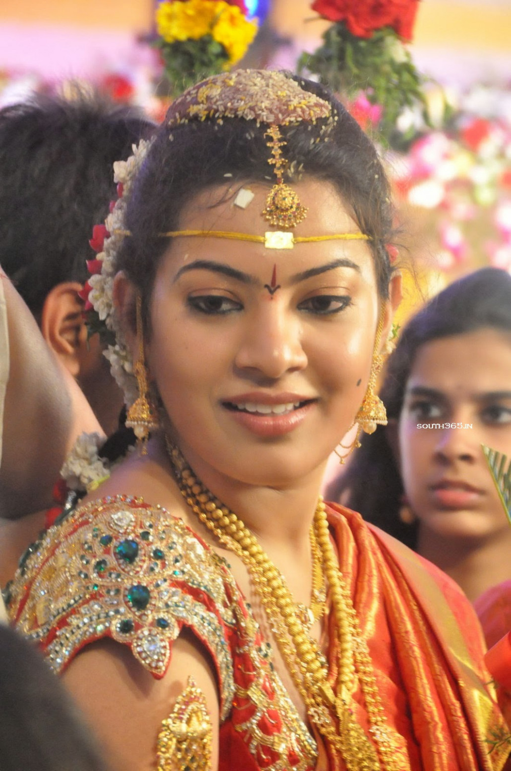 Tollywood-Cinema-Singer-Geetha-Madhuri-Wedding-Vidhi-and ...