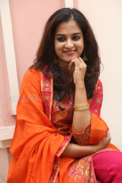 Tollywood Heroine Nanditha Pictures 17 (476348) - Actress ...
