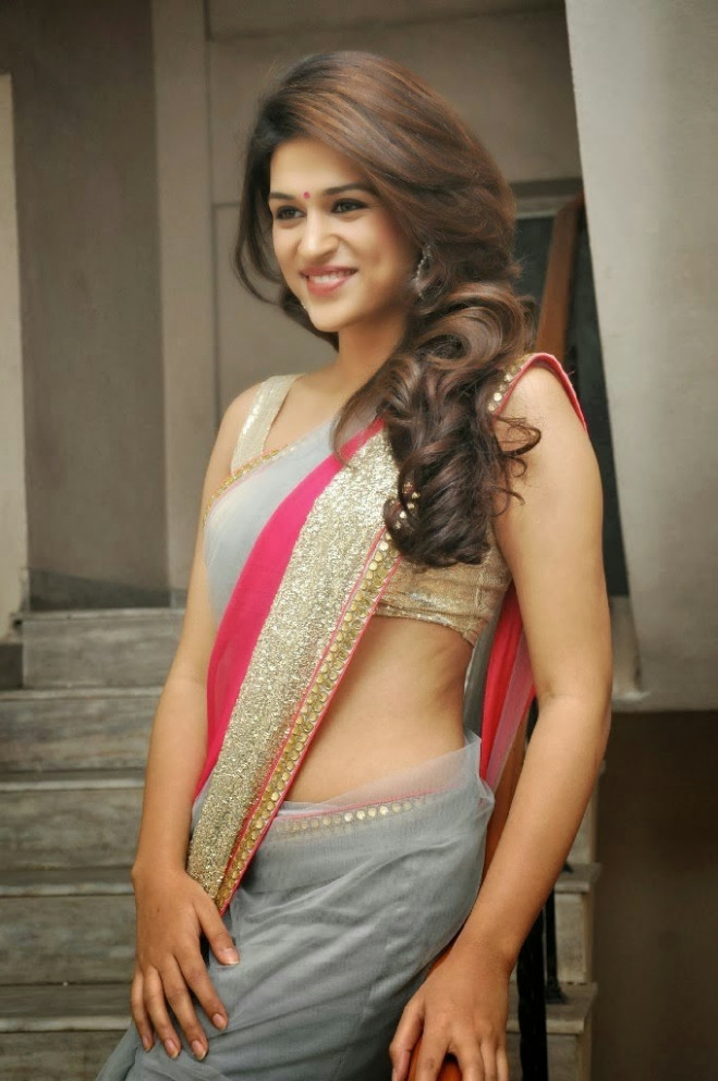 Tollywood hot and sexy actress Shraddha das new photos in ...