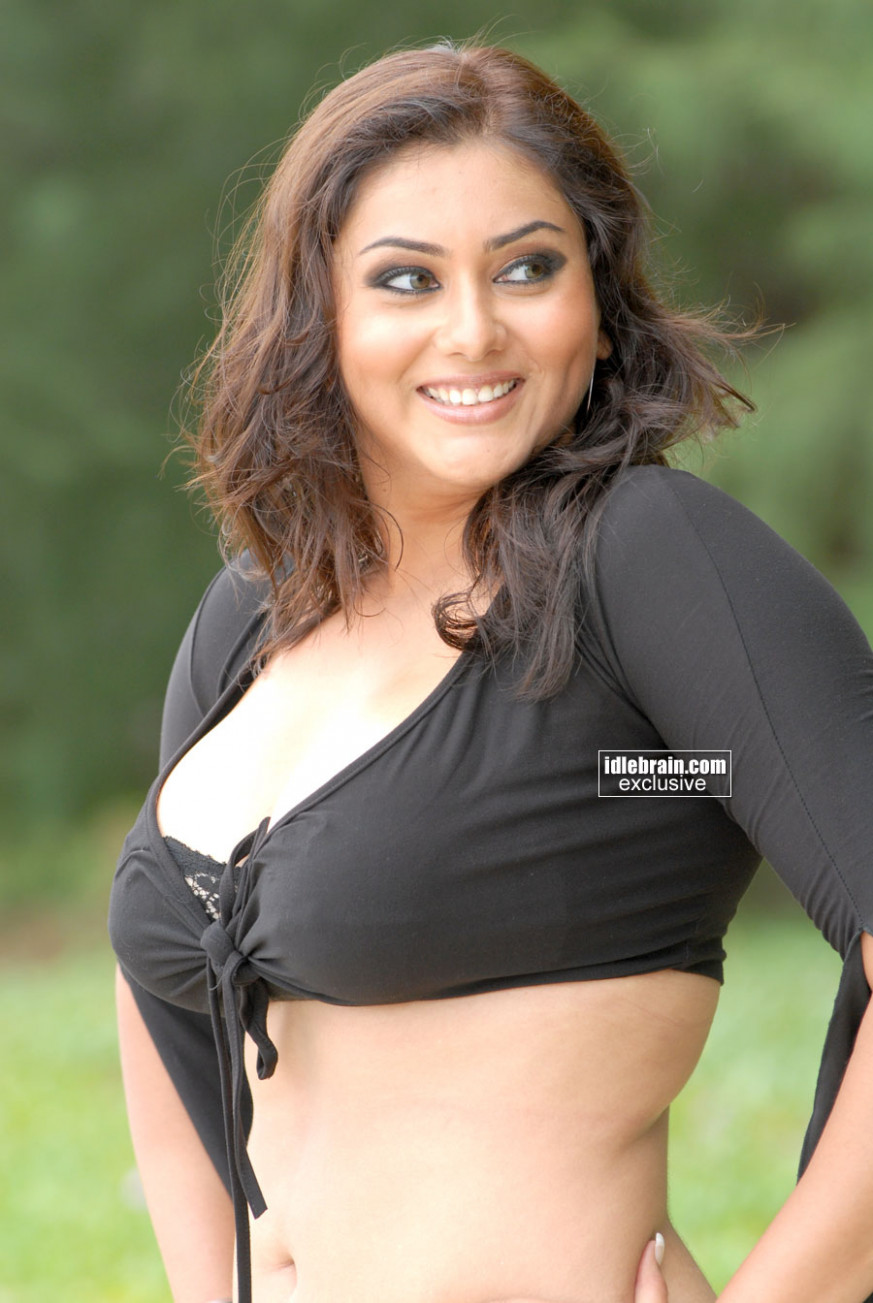 Tollywood N Bollywood: Hot and spicy Tollywood Actress ...