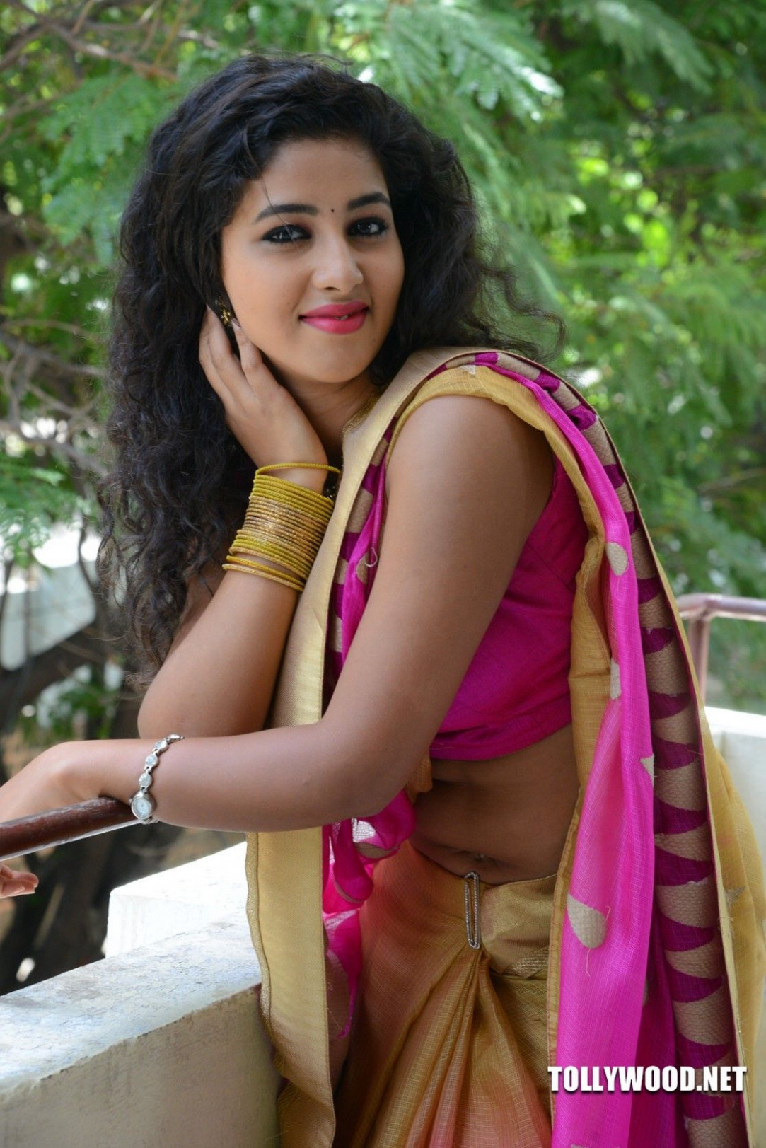 Tollywood PAVANI REDDY NEW GALLERY | sexy saree ...