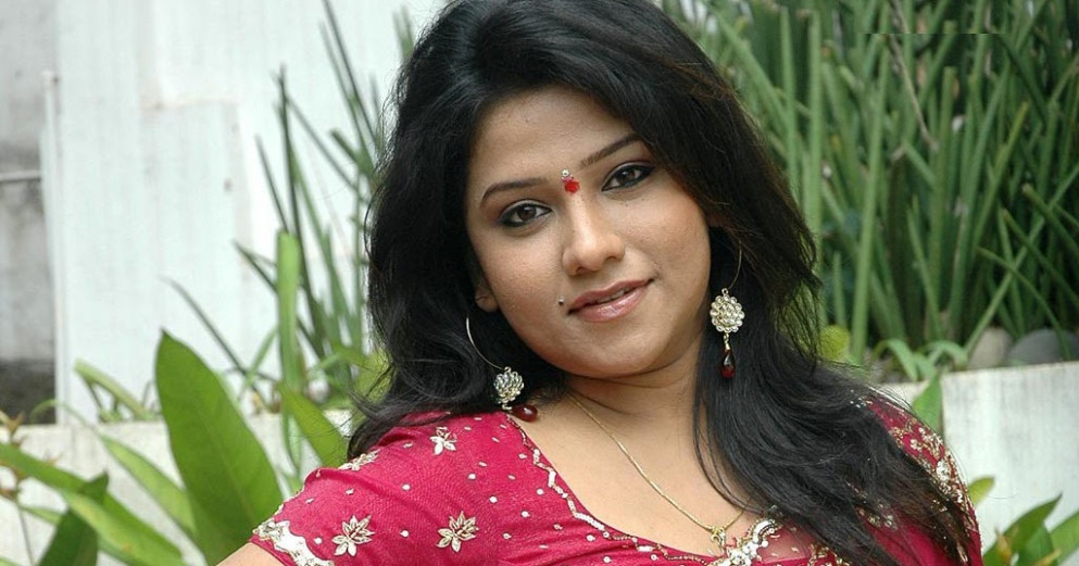 tollywood supporting actress jyothi latest hot spicy ...